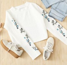 Casual Outfit indian clothing Collection Favorite Items winter Woman Zara Zara Woman Winter Collection - My Favorite Clothing Items 810648001660598931 Cute Teen Outfits, Cute Comfy Outfits, Teenager Outfits, Outfits For Teens, Pretty Outfits, Stylish Outfits, Hipster Outfits, Club Outfits, Girls Fashion Clothes