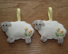 Sheep ornament, felt sheep, sheep decoration, Easter sheep, lamb, Daffodil, hand embroidery, Spring, embroidered flowers, Easter, Wales