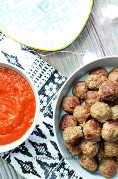 Chifteluțe de vită cu sos de ardei copt Food Inspiration, Spaghetti, Ethnic Recipes, Noodle