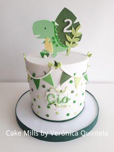 Blueberry and almond cake - HQ Recipes Dinosaur First Birthday, Baby Birthday Cakes, Baby Boy 1st Birthday, Boys 1st Birthday Cake, Dinosaur Cakes For Boys, Bolo Dino, Die Dinos Baby, Baby Dinosaurs, Gateau Baby Shower