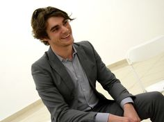 """{ rj mitte 