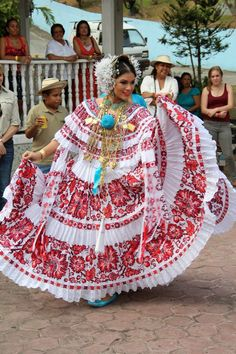 Crosstich from Panama. National Dress. Pollera de Panamá