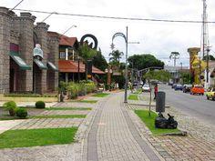 Santa Felicidade, Curitiba, Brasil. Come- se muito bem por aqui.