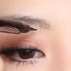 Waterproof Microblading Pen - ⭐⭐⭐⭐⭐ Waterproof Microblading Pen - ⭐⭐⭐⭐⭐ The unique applicator allows you to create a more hair-like, natural brow appearance. Hair Color For Black Hair, Cool Hair Color, Gray Hair, Black Haircut Styles, Eyebrows, Fibre Gel, Grunge Makeup, Natural Brows, Beard Styles For Men