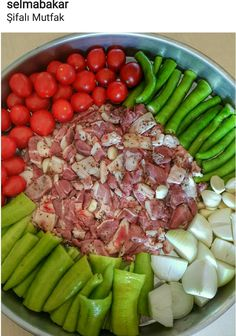 ELİBÖĞRÜNDE YEMEĞİ Meat Recipes, Chicken Recipes, Dinner Recipes, Iftar, Italian Chicken Dishes, Good Food, Yummy Food, Turkish Recipes, Main Meals