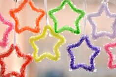 25 Playful Pipe Cleaner Crafts for Kids is part of Kids Crafts Pipe Cleaners - Pipe cleaners or chenille stems are a staple in any craft kit! Make the most of them with our list of 25 perfectly playful pipe cleaner crafts for kids! Borax Crystal Ornaments, Borax Crystals, Diy Crystals, Winter Art Projects, Toddler Art Projects, Toddler Crafts, Kids Crafts, Crafts Cheap, Easy Crafts