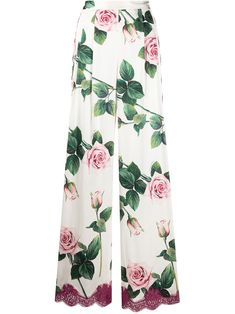 Shop online white Dolce & Gabbana tropical rose print wide-leg trousers as well as new season, new arrivals daily. Fashion Books, Fashion Outfits, Girls Formal Dresses, Tropical, Sustainable Clothing, Wide Leg Trousers, Spring Outfits, Runway Fashion, Cute Outfits