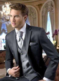 mens wedding suits for groom Slim Fit Tuxedo, Tuxedo For Men, Tuxedo Man, Mens Fashion Suits, Mens Suits, Groom Suits, Suit Men, Fashion Outfits, Wedding Tux