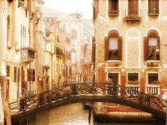 Rincones de #Venecia. Disfrútala al máximo con nuestra #guía de la ciudad. http://www.venecia.travel/ #turismo #viajar