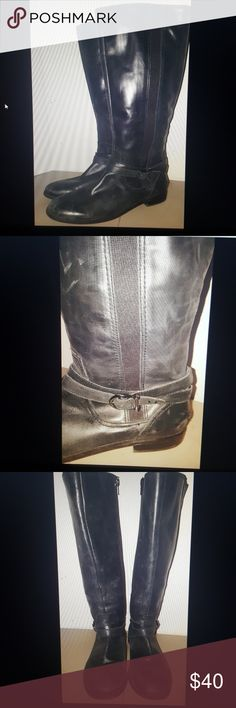 Sperry top sider leather boots black size 9 Sperry Top Sider tall leather boots black size zip flat  size 9 M total height 16.5 inches  heel to toe 11 inches Sperry Top-Sider Shoes Combat & Moto Boots