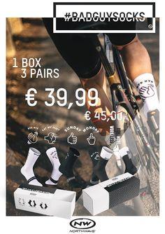 Niet langer twijfelen, hier zijn de ideale cadeautjes voor de fietsliefhebber!Northwave box met 3 paar sokkenBike7 Care PackOok altijd leuk:fietstassenhelmfietskledij: regenjas, handschoenen, overschoenen, muts, lange fietsbroek, wintervest, ...fietsverlichtingfietsslotsportvoedingOf als u het moeilijk om kiezen vindt, een leuke cadeaubon!Kom langs en wij adviseren u graag bij uw keuze! Socks, Pairs, Eyes, Sock, Stockings, Cat Eyes, Ankle Socks, Hosiery