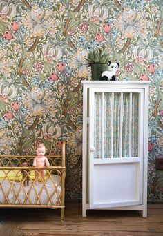 BONTON SALE-Discover and buy the BONTON collections, concept store for kids and babys : clothes , bazaar, accessories, linen and furniture William Morris Wallpaper, Morris Wallpapers, Wallpaper Childrens Room, Kids Room Wallpaper, More Wallpaper, Baby Bedroom, Dream Bedroom, Liberty Wallpaper, Victorian House Interiors