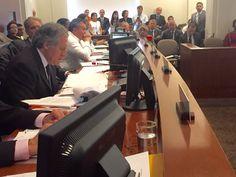 @DrodriguezVen : Las pretensiones fraudulentas de @Almagro_OEA2015 x aplicar Ilegítimamente Carta Democrática a Venezuela fueron derrotadas!Se impuso diálogo