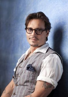 Johnny Depp My Soul-Friend! Hot Actors, Actors & Actresses, The Hollywood Vampires, Johnny Depp Pictures, Here's Johnny, Kentucky, Captain Jack Sparrow, Pretty Men, Best Actor