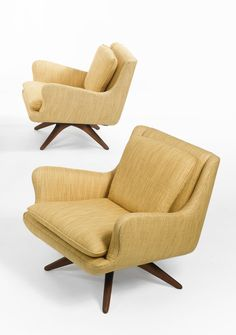 Vladimir Kagan; Walnut Base Armchairs for Kagan-Dreyfuss, 1950s.