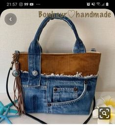 Handcrafted leather handbags were obviously the very first leather bags to come out. Today, these bags differ so much in style that the possibilities appear limitless. Jean Purses, Purses And Bags, Denim Handbags, Denim Purse, Denim Crafts, Diy Handbag, Bag Patterns To Sew, Fabric Bags, Quilted Bag