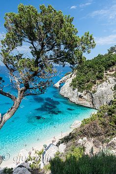 Baunei - Cala Goloritzè, Sardegna, Italia - Today seems like the ideal day to… Places Around The World, Oh The Places You'll Go, Travel Around The World, Places To Travel, Travel Destinations, Places To Visit, Around The Worlds, Dream Vacations, Vacation Spots