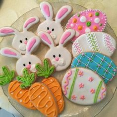 Easter is just around the corner and these sugar cookie bunnies and carrots are the perfect treat to celebrate Springtime! Easter is coming and what better way to kick up your Easter Egg Hunt then with. Iced Sugar Cookies, Carrot Cake Cookies, Cupcake Cookies, Sugar Cookie Icing, Cookie Favors, Baby Cookies, Flower Cookies, Heart Cookies, Cute Cookies