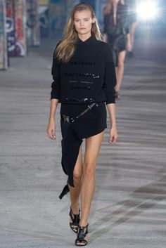 Anthony Vaccarello Spring 2015 Ready-to-Wear - Collection - Gallery - Look 1 - Style.com