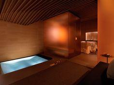 フォーシーズンズホテル内の「The Spa」。アポセカリー系コスメのラ・プレリーを使用し、贅沢な空間で美しいうる肌を手に入れられると評判。