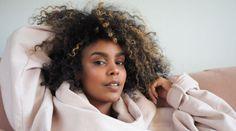 Neo-soul singer Daggi Zegreat releases her debut video - Sommar i december