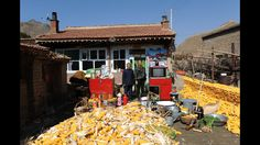 Chinese families' worldly goods in Huang Qingjun's pictures - inland province of Shanxi.