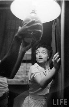 eartha kitt | Eartha Kitt photographed by Gordon Parks (1952) - Indémaudable