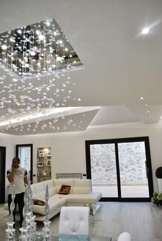 Sfoglia le immagini di Soggiorno in stile in stile Moderno di MoLo house. Lasciati ispirare dalle nostre immagini per trovare l'idea perfetta per la tua casa.