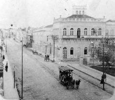Avenida Independência em frente onde seria o Colégio NS do Rosário. Pode-se reparar também a Praça Dom Sebastião - início século XX