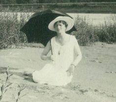 Rare photo d'Olga Rare Pictures, Rare Photos, Old Photos, Olga Romanov, Anastasia Romanov, Romanov Sisters, The Bolsheviks, Grand Duchess Olga, House Of Romanov