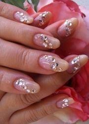 peach tips with diamantes bridal nail art