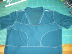 Want to figure out how to make a few empire shirts for nursing, inside needs to look at like this.