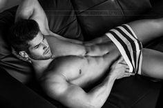 Modelli a nudo: Jeremy Baudoin - JIMI PARADISE
