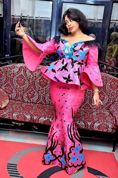Long African Dresses, African Wedding Dress, African Fashion Dresses, African Attire, African Wear, Nigerian Wedding Dresses Traditional, Ankara Skirt And Blouse, Africa Dress, African Inspired Fashion