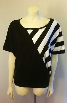 Chelsea & Theodore Women's Junior Large Sweater Top Shirt Black White Career…