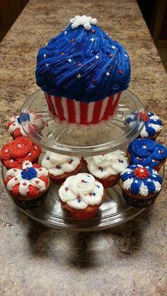 Large Cupcake 4th of July