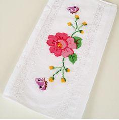 Cross stitch towel / rose