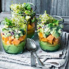Avocado-Melonen-Verrine Rezept - New Ideas Yummy Snacks, Healthy Snacks, Healthy Recipes, Pizza Twists, Appetizer Recipes, Appetizers, Melon Recipes, Dried Mangoes, Roasted Almonds
