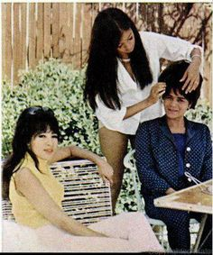 Ronnie and Estelle with their mother