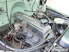 0611clt_02_o+1950_chevy_suburban+engine_bay.jpg (1600×1200)