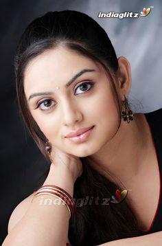 Beautiful Girl Image, Beautiful Lips, Most Beautiful Women, Most Beautiful Indian Actress, Beautiful Actresses, Beauty Full Girl, Beauty Women, Best Cars For Women, Cute Girl Photo