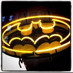 Chicago Comic Book Store, batman, neon, sign, dc comics, bat signal