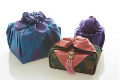 Wraps, Fabric Gifts, Korean Traditional, Packaging Ideas, Brown Paper, Hand Carved, Artisan, Carving, Gift Wrapping