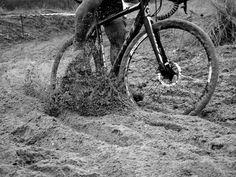 II Ciclocross Concello de Viveiro – Trofeo Fe Seguros por Pirucho Pequeno http://valwindcycles.es/blog/ii-ciclocross-concello-viveiro-trofeo-fe-seguros-pirucho-pequeno