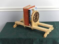 Wooden Fancy Book Shelves Adjustable Bookends With Walnut Accent