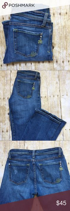 MISS ME BOOT CUT JEANS Miss me boot cut jeans. Fairly worn but in a good condition. Inseam: 32... length: 40. Open to reasonable offers. Bundle up for discounts. Thank you Miss Me Jeans Boot Cut