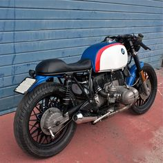 Monella by Cafe Twin Inazuma café racer Bobber Bmw, Bike Bmw, Bmw Scrambler, Bmw Cafe Racer, Cafe Racer Motorcycle, Cafe Racers, Motorcycle Pants, Motorcycle Camping, Camping Gear