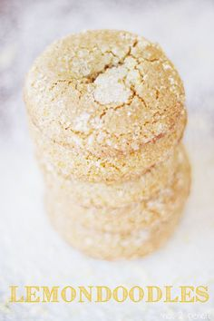 Lemondoodles, a delicious lemony version of a snickerdoodle. The combination of brown butter and lemon in this cookie is amazing! Prudhomme I am going to bake these next week, if there are as good as they sound, I will send some to ap for valentines day! Lemon Desserts, Lemon Recipes, Just Desserts, Sweet Recipes, Delicious Desserts, Yummy Food, Yummy Cookies, Yummy Treats, Sweet Treats