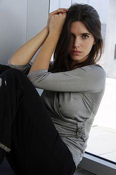 Elisa Cortés-Colección Elisa Cortés Turtle Neck, Leather Jacket, Sweaters, Jackets, Fashion, Winter, Studded Leather Jacket, Down Jackets, Moda