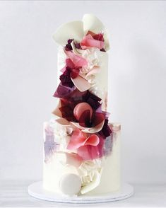 Modern Wedding Cakes We are sharing 34 color block wedding ideas for modern, whimsical couples! Gorgeous Cakes, Pretty Cakes, Amazing Wedding Cakes, Amazing Cakes, Amazing Art, Wedding Cake Inspiration, Wedding Ideas, Wedding Planning, Elegant Cakes
